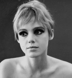 Edie Sedgwick, Diana Vreeland, Rich Girls, Edie Campbell, Idole, Look At You, Andy Warhol, Vintage Girls, Style Icons