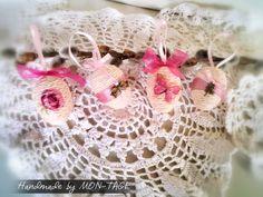 Húsvéti tojások, méret: 4 cm. Más színben is kérhető. Photo Props, Crochet Earrings, Decoration, Jewelry, Fashion, Decor, Moda, Jewlery, Jewerly