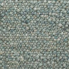 De Perletta Pebbles is een 100% wollen handgeweven tapijt dat aan beide zijden…