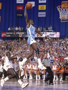 Michael Jordan in college at North Carolina. Not too often you see Jordan wearing Converse. Basketball Shorts Girls, Basketball Tricks, Basketball Pictures, Sports Basketball, Sports Pictures, College Basketball, Basketball Players, Basketball Legends, Syracuse Basketball