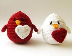 #bird #oiseau #ocell #pajaro #amigurumi #crochet #tricot #yarn #ganxet #ganchillo #heart #red #white