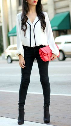 Great Color Combo - the purse works well with the black and white outfit