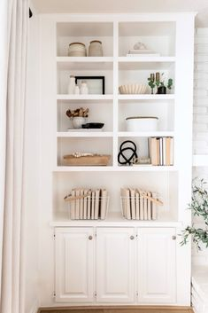 5 Steps To Style Your Shelves For Fall