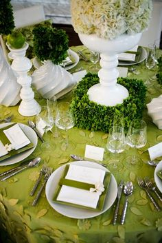 JL DESIGNS: a green and white tablescape inspired by SPRING!