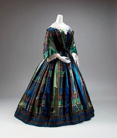 Fashion photographs | Fashion images, fashion photos 1850's