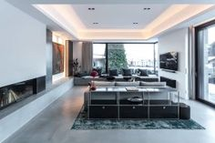 Interior Design Inspiration, Gabriel, Architecture, Conference Room, Interior Architects, Furniture, Table, Home Decor, Kitchen Black