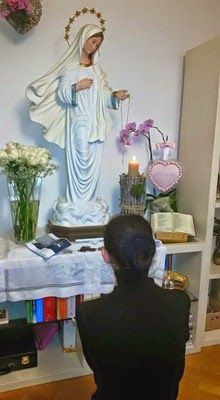 March 11, 2015 Vicka visits San Giovanni Rotundo  Our Lady asks for Glorious Mysteries to be prayed every day during Lent...