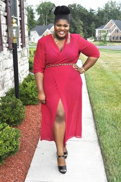 Top 70 Curvy Fashion Bloggers (Updated) | ART BECOMES YOU