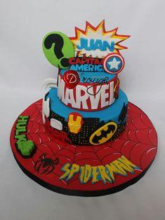Torta superheroes Marvel 100 % Comestible.