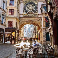 Follow @globefever for more. Sunny day at the Gros Horloge ~ Rouen, France. Photo: @alexislnt