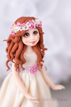Muñeca de comunión. Gum paste girl. Comunion girl