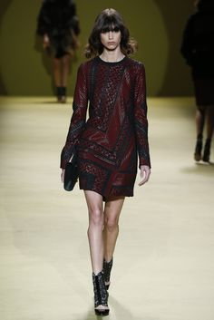 J.Mendel RTW Fall 2014 - Slideshow - Runway, Fashion Week, Fashion Shows, Reviews and Fashion Images - WWD.com