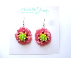 Life is Sweet Pink Flower Earrings Beaded Green by MadiReShop Round Earrings, Flower Earrings, Dangle Earrings, Ribbon Flower, My Flower, Evening Outfits, Little Gifts, Pink Flowers, Gifts For Her
