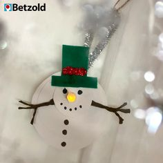 Christmas Crafts for teens Schneemann bauen - ohne - christmascrafts Easy Christmas Crafts, Christmas Activities, Simple Christmas, Easy Crafts, Diy And Crafts, Christmas Gifts, Christmas Decorations, Christmas Ornaments, Christmas Candy