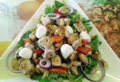 Pesztós-zöldséges csirkesaláta | NOSALTY – receptek képekkel