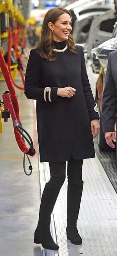 November 22, 2017 Vestido Kate Middleton, Looks Kate Middleton, Kate Middleton Wedding Dress, Kate Middleton Pregnant, Kate Middleton Outfits, Kate Middleton Dress, Princess Kate Middleton, Kate Middleton Photos, Kate Middleton Fashion