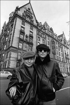 John Lennon and Yoko Ono in front of the Dakota New York by Allan Tannenbaum
