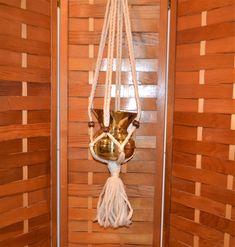 Macrame Vintage Hanger with English Brass Pot Brass Pot, Wooden Beads, Plant Hanger, Macrame, English, Boho, Metal, How To Make, Fun