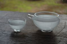 Glass cup and yuzamashi. emuni.jp