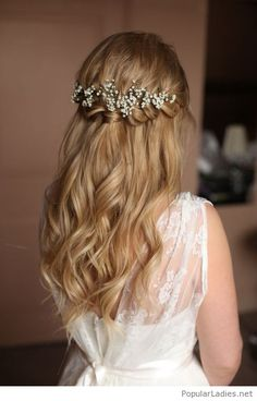 Blonde hair, braid and more