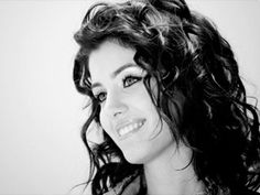 "Another one of ""Mona"" - katie melua 2013 