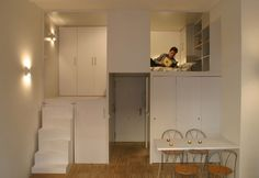 view ~ A compact apartment in Madrid by Beriot Bernardini arquitectos. The Project transforms a small, office in the historic centre of Madrid into a private apartment. Studio Loft Apartments, Small Apartments, Small Apartment Decorating, Apartment Interior Design, Apartment Ideas, Loft Decorating, Madrid Apartment, Interior Ideas, Interior Decorating
