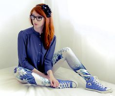 Is it just me or is this so young shes as cute as a button and I want her to play with ; Taylors Gang, Chuck Taylors High Top, College Fashion, Teen Fashion, College Style, Spandex Girls, Blue Converse, Wearing Glasses, Beautiful Redhead