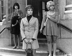 Up The Junction - 1967 (Maureen Lipman, Suzy Kendall, Adrienne Posta) Fashion Now, 1960s Fashion, Vintage Fashion, Sound Film, Julie Christie, Still Picture, Girls Slip, London History, British Style