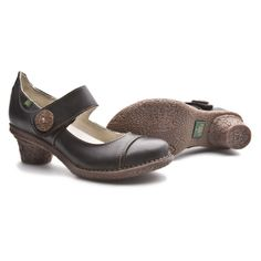 Nice Mary Janes El Naturalista of Tesela Line http://shop.elnaturalista.com/index.php