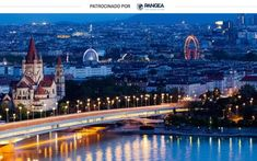 Qué ver en Viena en tres días: palacio de Schönbrunn, noria, Ópera y catedral - Entiendes Vienna At Night, Belle Villa, By Train, Design Hotel, Central Europe, Bratislava, Best Cities, Aerial View, Solo Travel