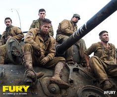 Brad Pitt est leur mentor, mais il n'est rien sans son équipe. Au front, tous n'ont qu'une mission : gagner cet ultime combat. #Fury