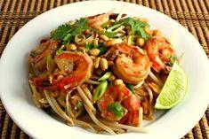 Pad Thai z Krewetkami to danie w najlepszym tajskim smaku, które przygotować może każdy