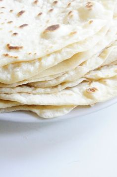 Home made tortillas -to make Mexican Dishes, Mexican Food Recipes, Good Food, Yummy Food, Yummy Eats, Homemade Tortillas, Flour Tortillas, Tortilla Recipe, Iranian Food