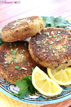 Salmon Patties ~ crunchy on the outside and tender on the inside, this flavorful, quick and easy recipe is a great way to get more brain-boosting, heart-healthy omega-3s into your diet! | FiveHeartHome.com
