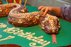 Birthday Snake for Araceli. Beautiful! Via a board called 'Serpentine Fun'.