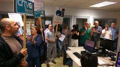 """Trabajadores de la TVG protestan contra la """"manipulación y censura"""""""
