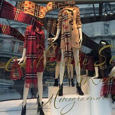@sharontang316 Season change time for a new coat #burberry #trench #scarves #regentstreet #london
