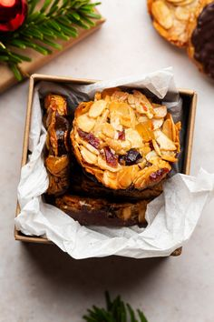 Vegan florentines are a dairy-free take on these nutty Italian cookies. They are easy to make, gluten-free, refined sugar-free and can be oil-free too. Biscuit Spread, Cheddar Gorge, Baking Recipes, Vegan Recipes, Lazy Cat Kitchen, White Chocolate Recipes, Vegan Gingerbread, Chocolate Lollipops, Christmas