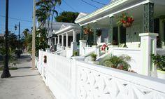 En esta guía te lo contamos todo sobre Key West. Descubre toda su historia, las mejores atracciones turísticas, nuestros hoteles y restaurantes favoritos...