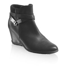 X-DRY - Russell & Bromley