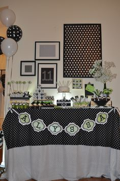 Panda theme - black, white, bamboo green