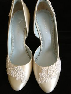 Lace and Pearl Bridal Shoes 3.5 inch Pumps    by YvesBellaBrides