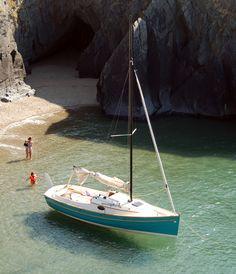 New Classics: September 2014 - Classic Boat Magazine Classic Sailing, Classic Yachts, Classic Boat, Old Boats, Small Boats, Sailboat Living, Yacht Week, Small Sailboats, Honfleur