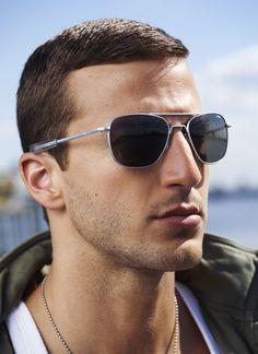 #Aviator in bright c