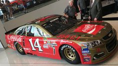 Tony Stewart's throwback paint scheme for Darlington Raceway will honor the car NASCAR Hall of Famer Bobby Allison used to win the Southern 500 in 1971 and '72.