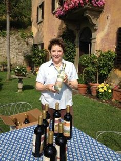 """ We have the wines! White is chilling for your arrival"" Siena Toscana, Tuscany, Italian Chef, Italian Home, Italian Lifestyle, Under The Tuscan Sun, Regions Of Italy, Amalfi, Restaurant"