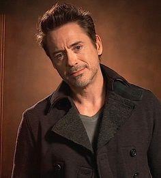 Very cool pic of Robert Downey Jr. Robert Downey Jr., I Robert, Iron Man Tony Stark, Raining Men, Downey Junior, Hollywood Actor, Gorgeous Men, Dead Gorgeous, American Actors