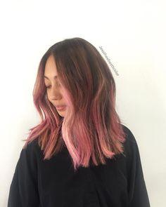 """""""Pink season  •cut by @cleencuts #jesscleen #jesstheebesttcolor #pinkhair…"""