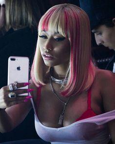 Check out ❤️ Nicki Minaj Outfits, Nicki Minaj Barbie, Nicki Manaj, Nicki Minaj Pictures, Nicki Baby, Nicki Minaj Wallpaper, Queens, Hair Growth Treatment, Hip Hop And R&b