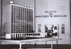 LUCIO COSTA, LE CORBUSIER CARLOS LEAO, OSCAR NIEMEYER, AFFONSO REIDY, ERNANI VASCONCELLOS, JORGE MACHADO MOREIRA: PALACIO CAPANEMA